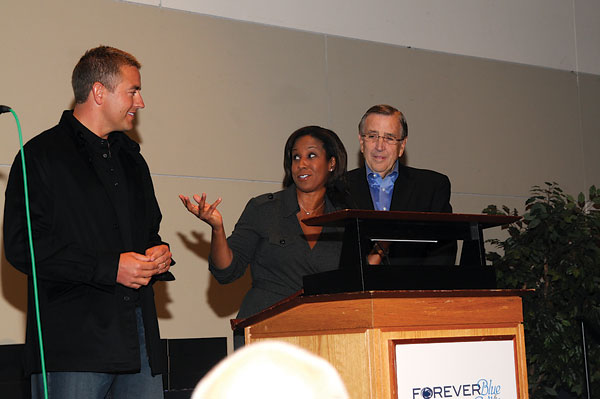 Brent Musberger, Kirk Herbstreit, and Lisa Salters in a discussion sponsored by the Curley Center