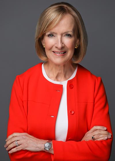 Headshot of Judy Woodruff
