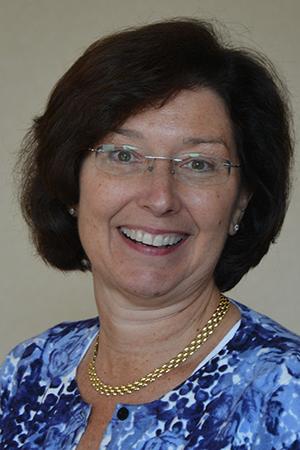 Headshot of alumni member Mary Meder
