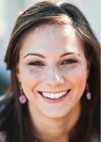 Headshot of alumni member Alyson Joyce