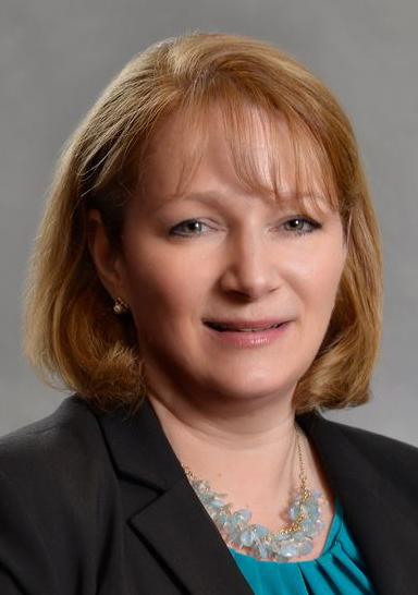Headshot of alumni member Carol Gosser