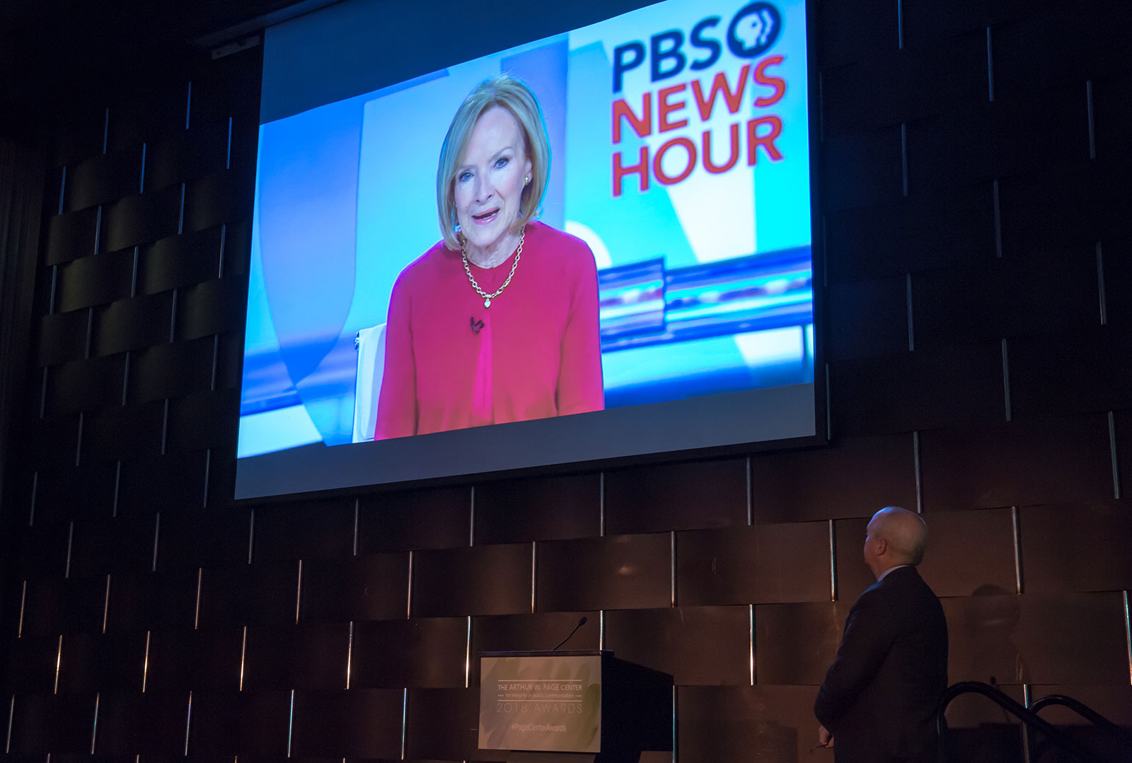 By video, PBS Newshour host Judy Woodruff shares memories of her late friend and colleague Gwen Ifill.